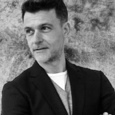 Óscar Fernández Orellana, Profesor de IEBSchool