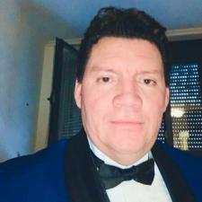 Mauricio Vladimir Umaña Ramírez, Profesor de IEBSchool