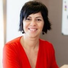 Verónica González Arjona, Profesor de IEBSchool