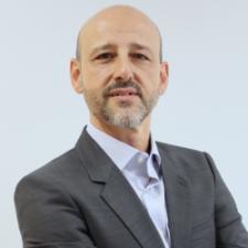 Oscar Fuente, Profesor de IEBSchool