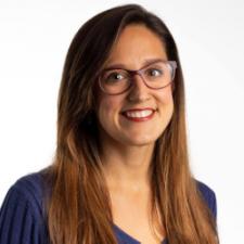 Berta Hernández, Profesor de IEBSchool