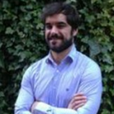 Jorge Clavería Gracia, Profesor de IEBSchool