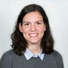 Mireia Capella, Profesor de IEBSchool