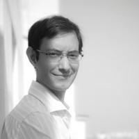 Alvaro Sastre Salso, Profesor de IEBSchool