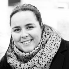 Elena Martin Godino, Profesor de IEBSchool